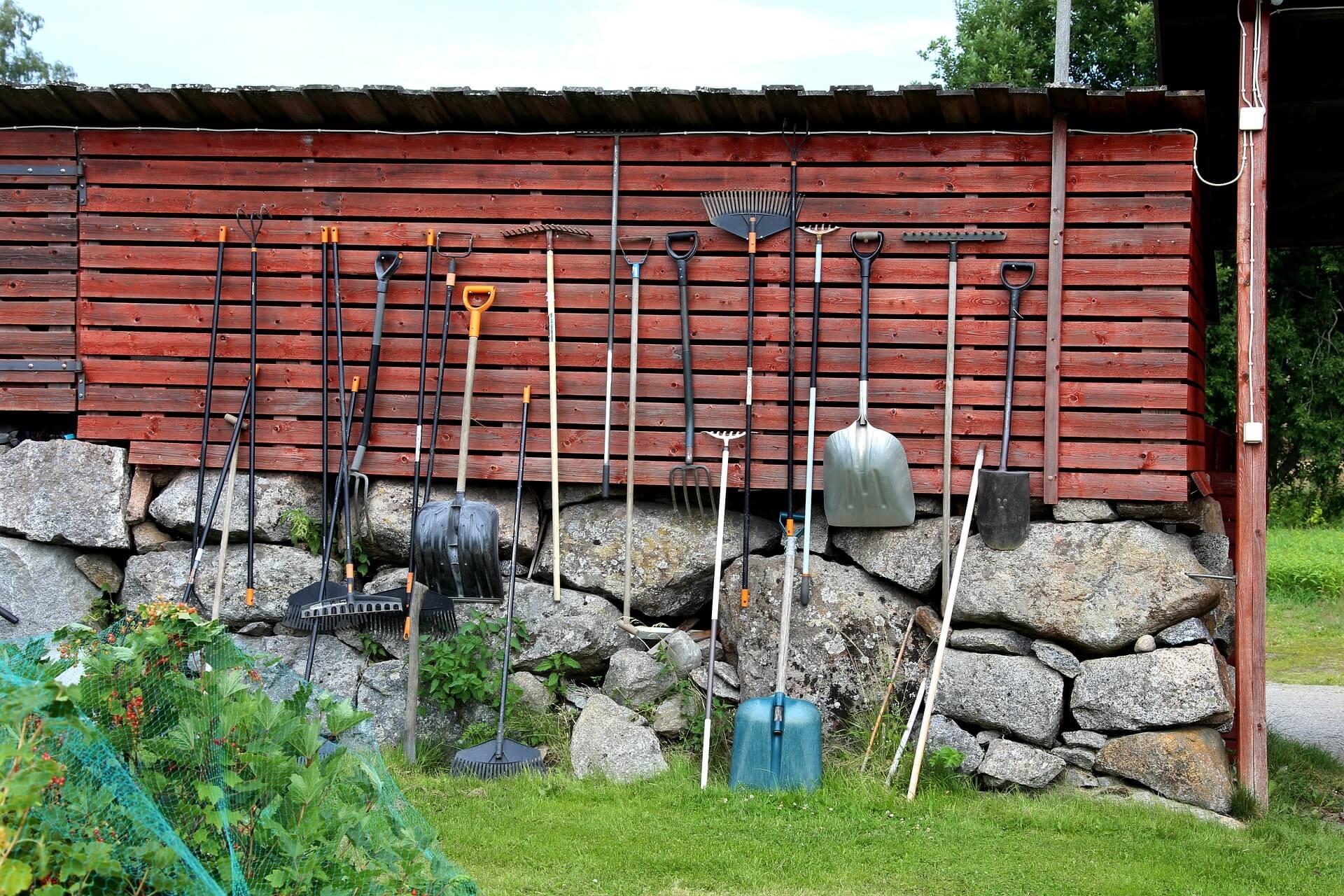 Продажи садового инвентаря возвращаются к допандемийному уровню