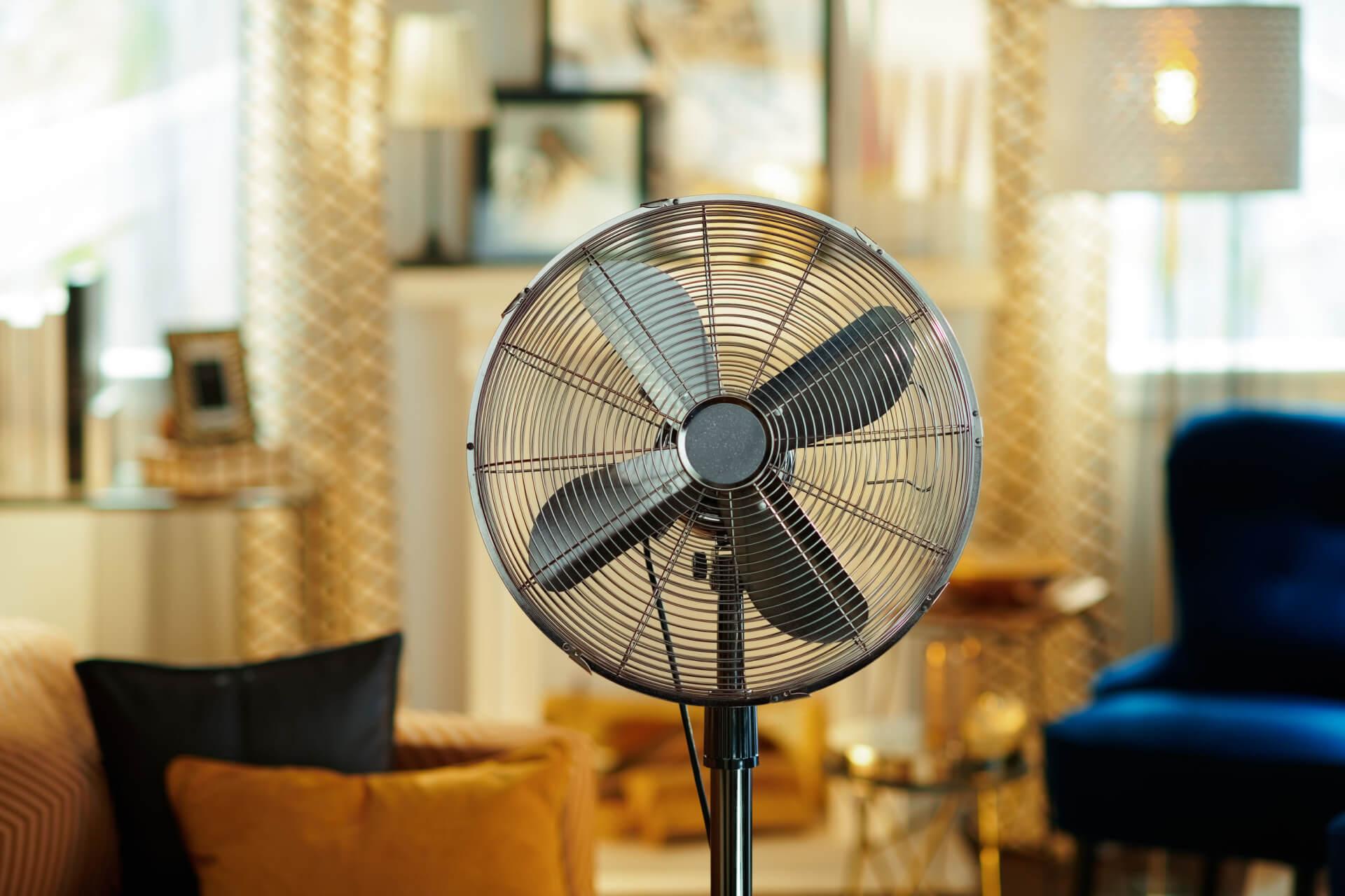 В погоне за прохладой. Как на фоне июньской жары идут продажи климатической техники